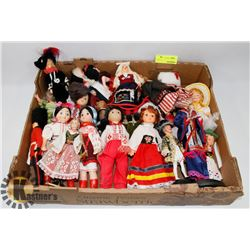 FLAT OF COLLECTOR DOLLS
