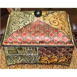 ORNATE METAL BOX