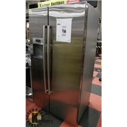 BOSCH STAINLESS STEEL 300 SERIES AMERICAN SIDE BY
