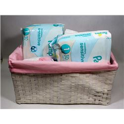 BOX OF ASSORTED BABY ITEMS, PAMPERS SIZE 1, 3