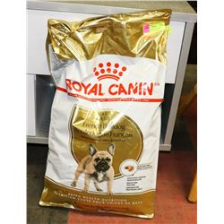 ROYAL CANIN DOG FOOD FOR BULLDOGS. 17LBS EXPIRES