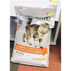 AUTHORITY ADULT CAT FOOD 16LBS EXPIRES DEC 2019.