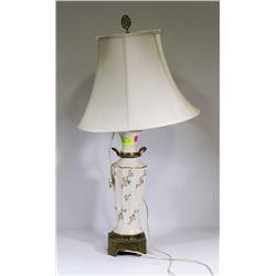 FLORAL CHINA LAMP