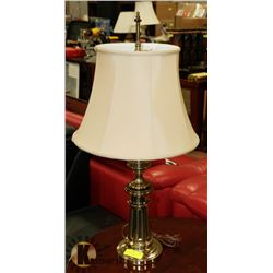 ESTATE HEAVY BRASS LAMP