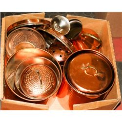 LARGE FLAT OF VINTAGE COPPER ITEMS