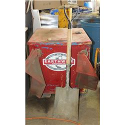 METAL JOB BOX, HAS GRAVEL/SAND CONTENTS, INCLUDES