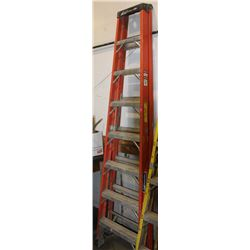 8FT FIBREGLASS STEP LADDER