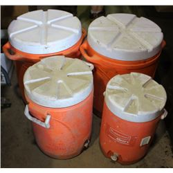 LOT OF 4 RUBBERMAID DRINK COOLERS, 1 SM, 1 MED &