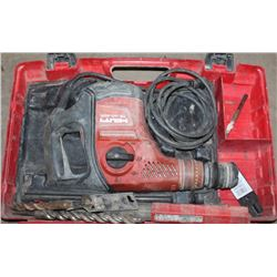 HILTI TE40 CORDED ROTARY HAMMER WITH ACCESSORIES