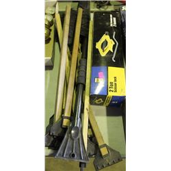 POWERFIST 2TON SCISSOR JACK, WITH BUNDLE OF SNOW