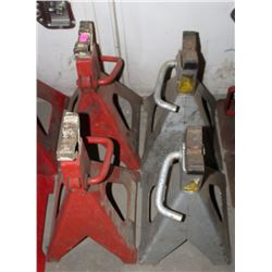 LOT OF FOUR JACK STANDS