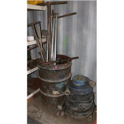 BARREL WITH VARIOUS METAL TOOL & WATER HOSES