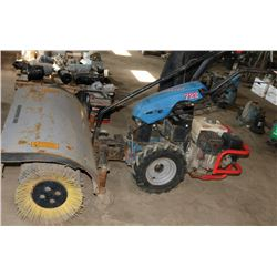 HARVESTER 722 GAS POWERED SWEEPER