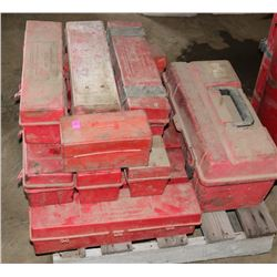PALLET OF ROAD SAFETY TRIANGLES
