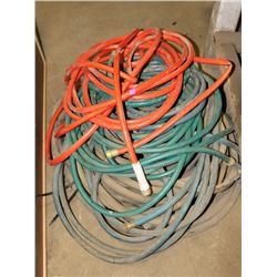 LARGE LOT OF GARDEN/WATER HOSES