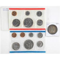 Lot - US 1974 UNC Mint Set Plus 1924 Peace Dollar