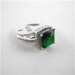 925 Sterling Silver Ring Cushion Cut Emerald Green
