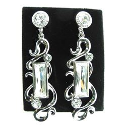 Ladies MMCrystal Design Earrings with White Gold P