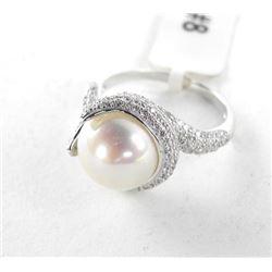925 Silver Freshwater Pearl Ring with Swarovski El