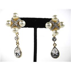 Ladies Custom Atelier MMCrystal Earrings with Whit