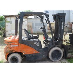 2017 Doosan D30S Forklift - Needs Repair