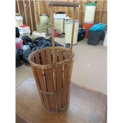 HANDLED ORCHARD BASKET