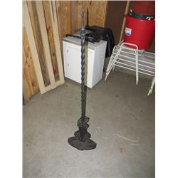 ANTIQUE IRON FLOOR LAMP, PC BROKEN