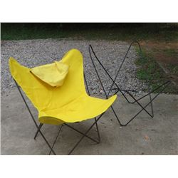 PAIR OF WIRE FRAME / CANVAS BUTTERFLY CHAIRS