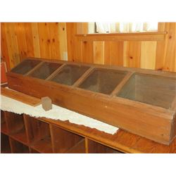 GENERAL STORE DISPLAY CONTAINER W/ 5 BINS W/ LIDDED GLASS PANES
