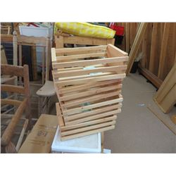 SMALL WOODEN CRATES