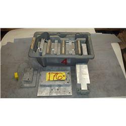 Box with Aluminum contain