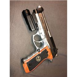 Resident Evil: Final Chapter - S.T.A.R.S. Pistol (Stunt) - used by Alice/Wesker (0010)