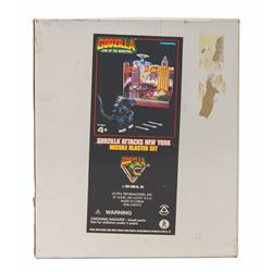 Trendmasters GODZILLA Attacks New York Missile Blaster Boxed Set (JC Penneys Exclusive)