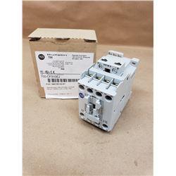 Allen-Bradley 700-CF310E*00 Ser A Contactor