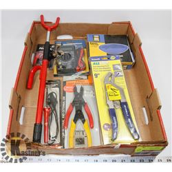 FLAT WITH MULTIMETER, MAGNETIC PARTS TRAY, AND
