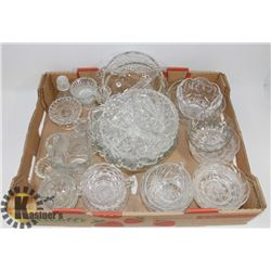 LARGE LOT OF ASSORTED CRYSTAL AND GLASSWARE