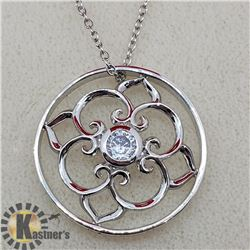 SILVER CUBIC ZIRCONIA WITH CHAIN PENDANT