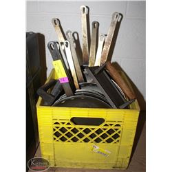 CRATE OF FRYING PANS & 2 GRILL PRESSES