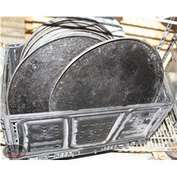 "TOTE OF 16"" COMMERCIAL PIZZA PANS"