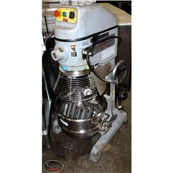 SPAR 30QT MIXER WITH ATTACHMENTS
