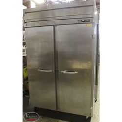 BEVERAGE-AIR 2-DOOR S/S UPRIGHT FREEZER