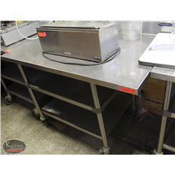 WASSERSTROM S/S PREP TABLE ON CASTORS W/