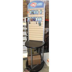 WOOD & ALUMINUM COMMERCIAL MERCHANDISE DISPLAY
