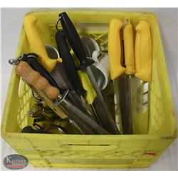 CRATE OF ASSORTED COMMERCIAL KITCHEN KNIVES