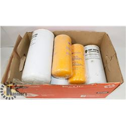 BOX OF FULL OIL FILTERS 2 CH-070-A25A, 4-CGS-150-