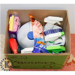 ESTATE BOX OF CLEANING SUPPLIES INCLUDING TILEX