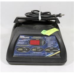 SCHUMACHER BATTERY CHARGER WITH ENGINE START AND