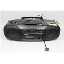 SONY PORTABLE CD PLAYER AND TAPE DECK.