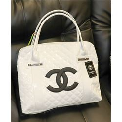 WHITE CHANEL REPLICA TOTE, BLACK LOGO