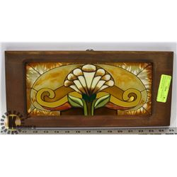 WOOD FRAMED GLASS FLOWER HANGING PICTURE